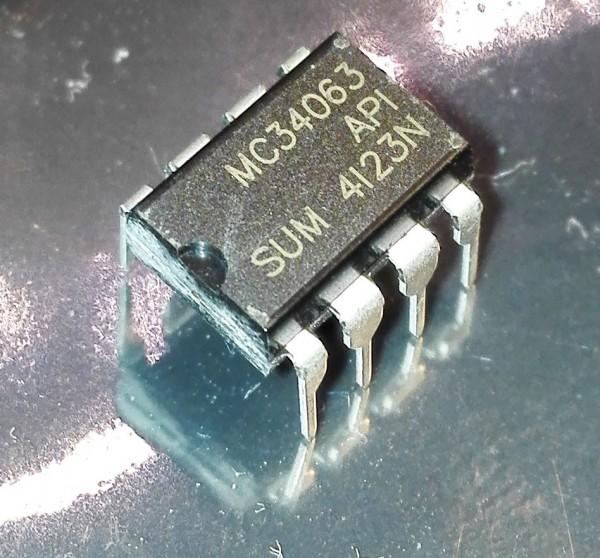 MC34063 DIP-8