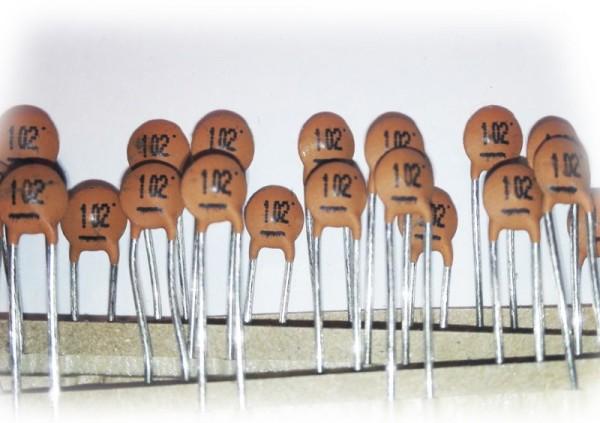 1000pf (1nf) / 100V Keramik-Scheibenkondensator